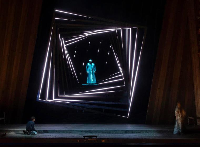 The Royal Danish Theatre's fairytale LED lighting